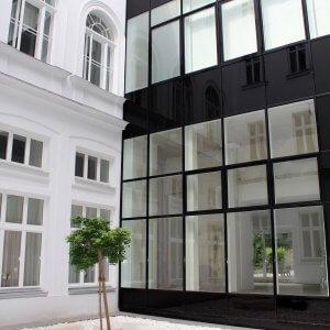 The Aurora Innenhof